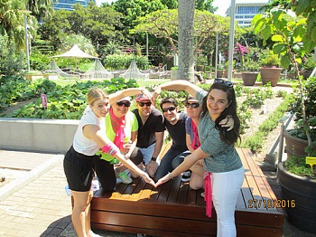 Happy Team Brisbane Amazing Race